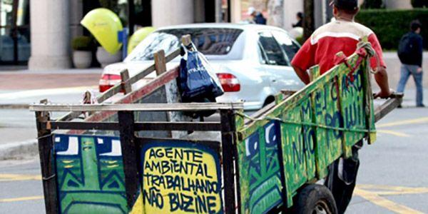 Catador de Lixo Reciclável Curitiba